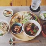 やさしいお昼ごはん@さらり食堂。